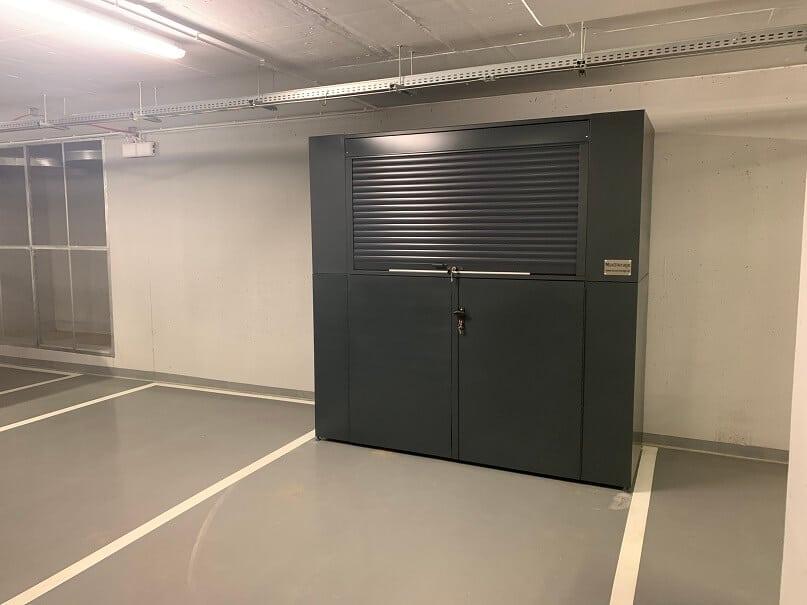 Box garażowy z roleta